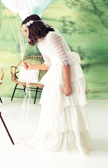 Платье и украшение для волос