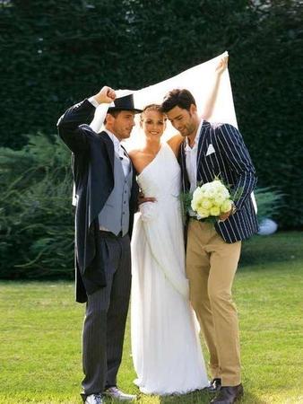Свадебное платье асимметричного кроя
