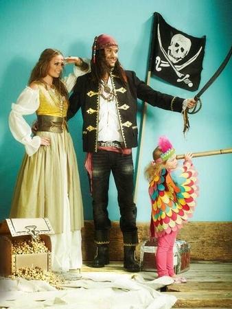 Пиратка: платье, юбка, ремень