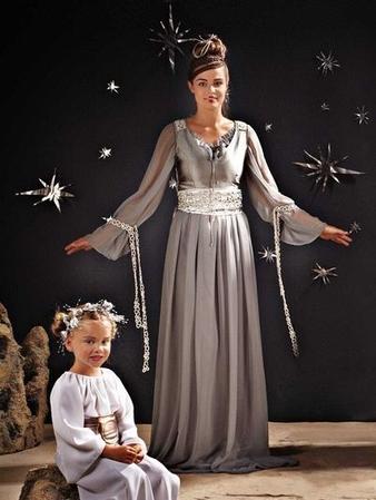 Королева: платье и пояс