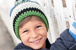 Детская шапка с помпоном