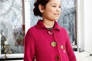 Пальто с цветами для девочки