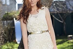 Кружевное мини-платье
