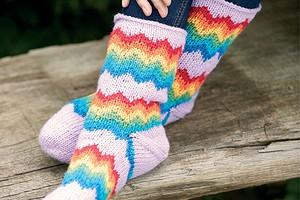 Носки с зигзагообразным узором