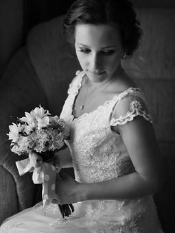 Работа с названием Невеста