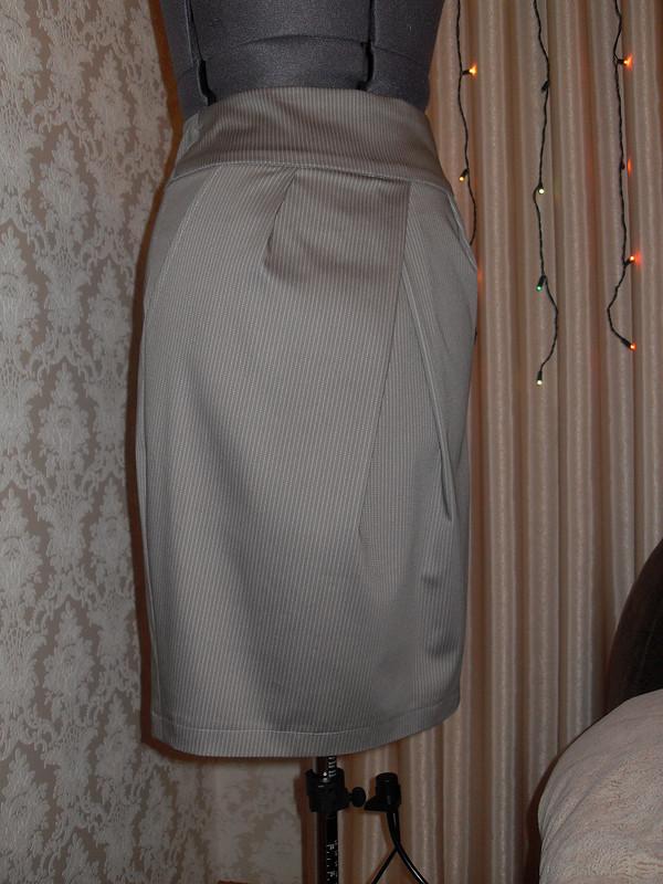 Юбка сбоковыми карманами