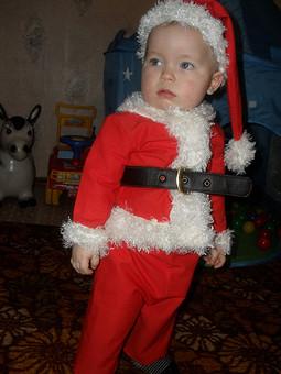 Работа с названием Сынуля Санта