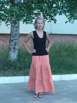 Работа с названием Блузка и юбка.