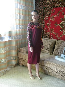 Работа с названием Платье, которое появилось благодаря фотофоруму