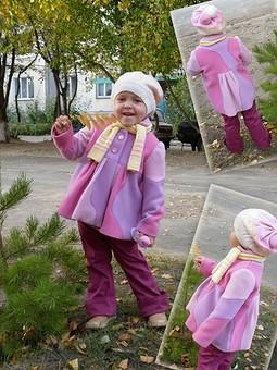 Работа с названием Детское пальто из 41 детали