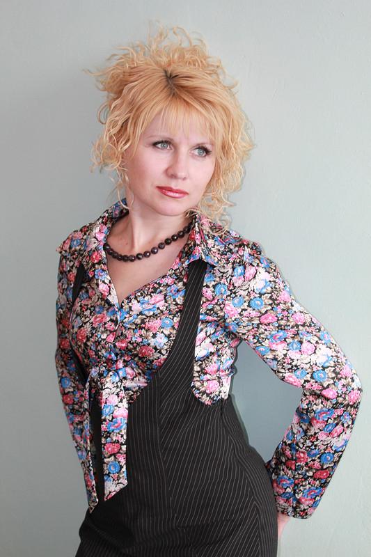 Две блузки поодной выкройке исарафан дляофиса