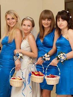 Работа с названием Платья для подружек невесты