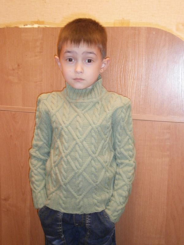 Зелёный свитерок!!!
