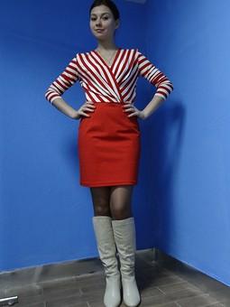 Работа с названием Полосатое платье