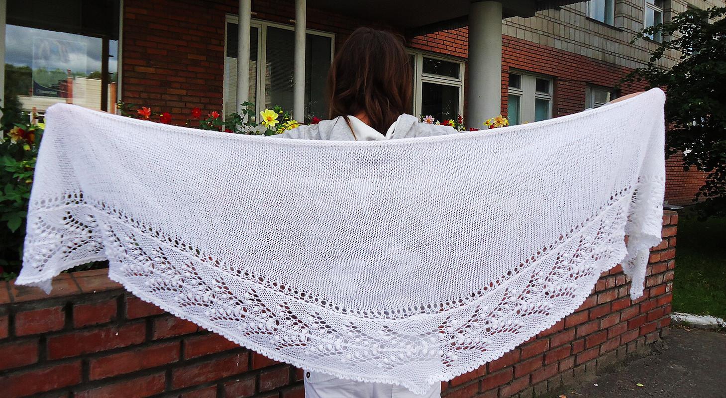 Белая шаль от Ocarina
