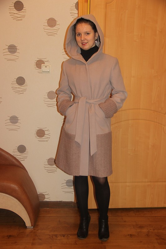 Пальто длядочери от Ninchen