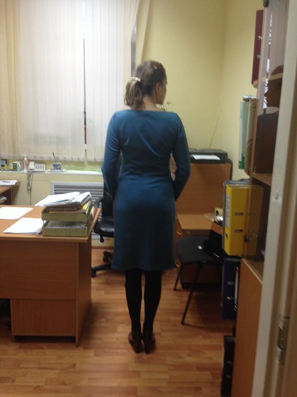 В офис