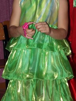 Работа с названием Платье капусты