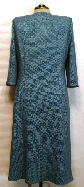 Платье Графичная бирюза