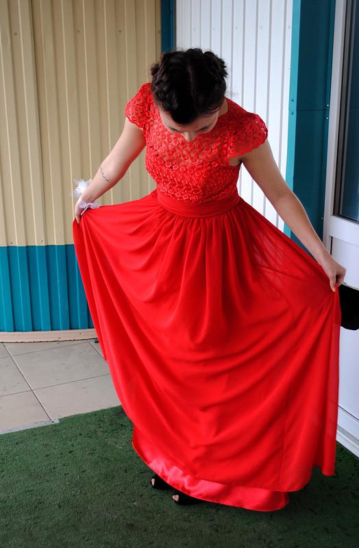 Обязательно красное платье впол! - сказала подруга-невеста) от nur_siis