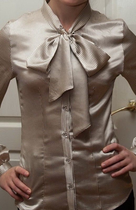 Блузка сбантом от Чаузи