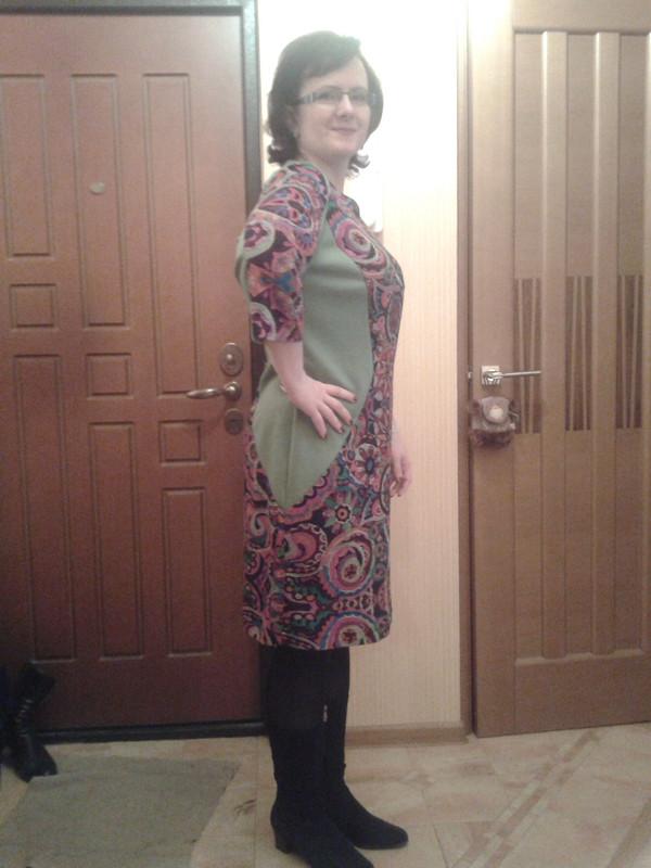 Платье издвух тканей.