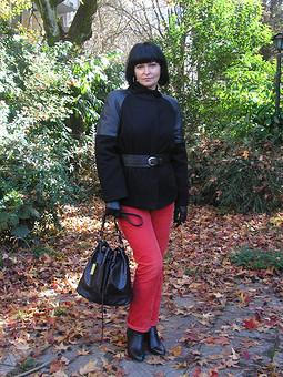 Работа с названием Осенняя куртка