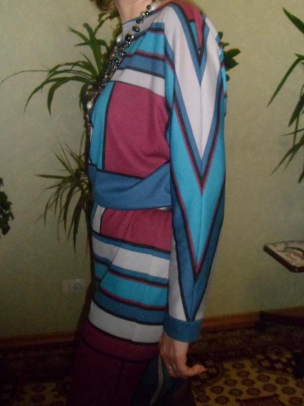 Геометрическое платье