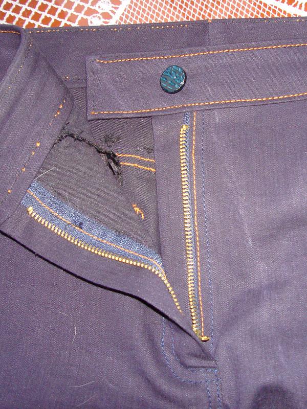 Джинсы-клёш + вязаный пуловер от tarry
