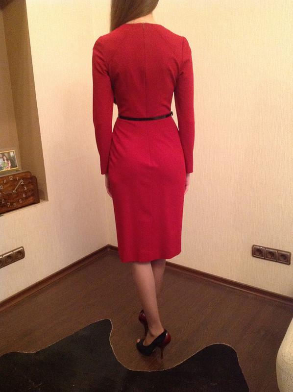 Красное платье от Nekrasova-Anna