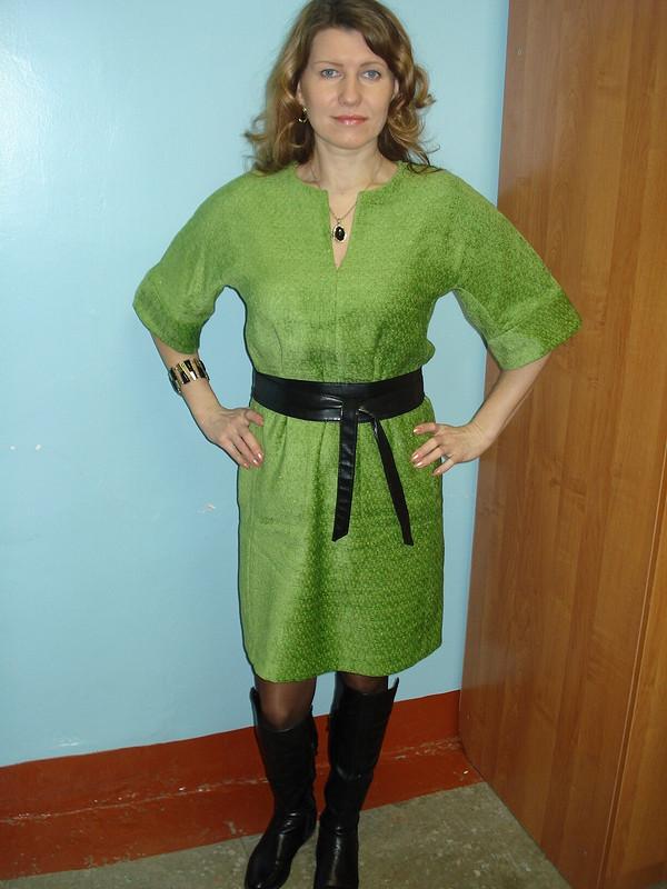 Платье цвета молодой травы от Фотинья