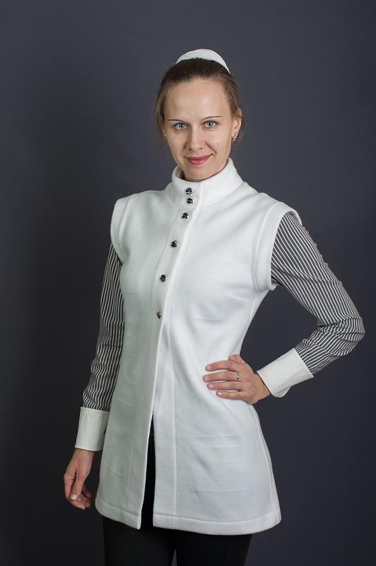 Беленький, тёпленький жилет! от Leontyeva Elena