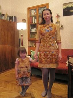 Работа с названием 1 купон - 2 платья