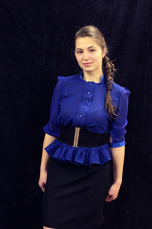 Блузка сбаской