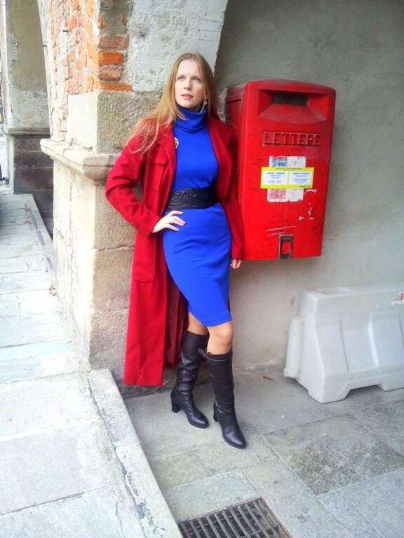 Ярко-синяя классика от Rosso relativo