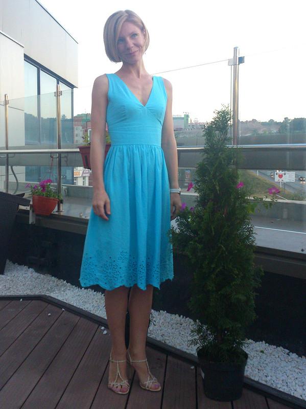 Миниатюризирующее платье :) от Buena cabeza
