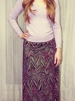 Работа с названием Длинная юбка с геометрическим принтом