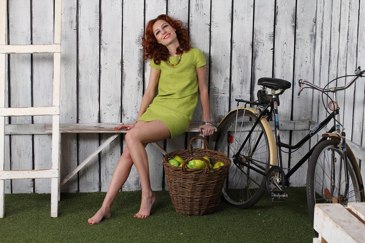 маленькое зеленое платье