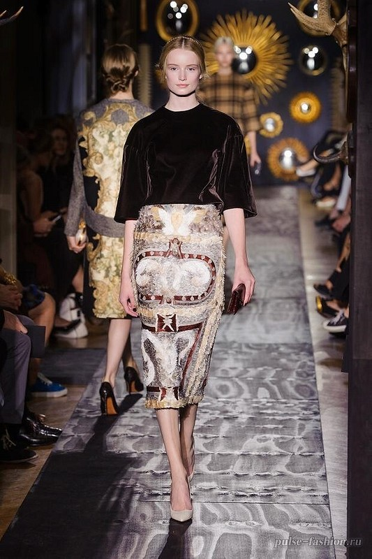 VALENTINO for office