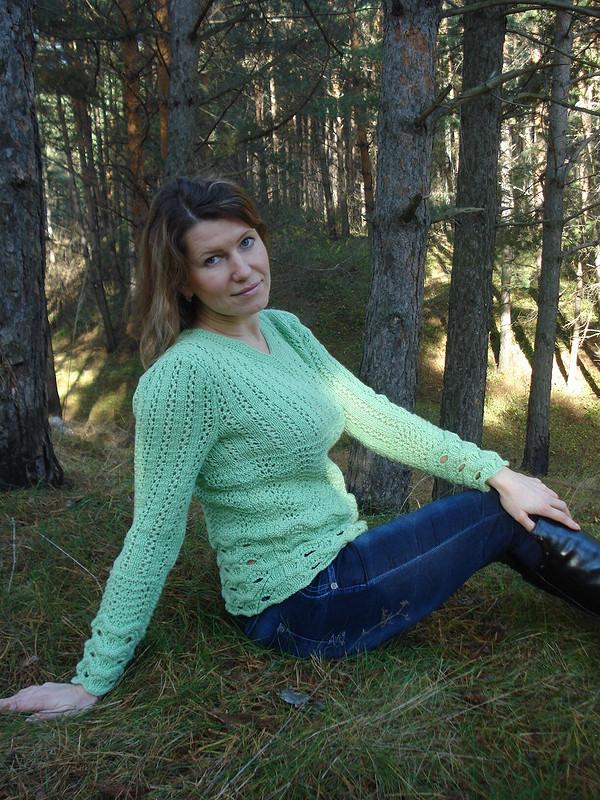 Ажурный пуловер цвета мяты от Фотинья