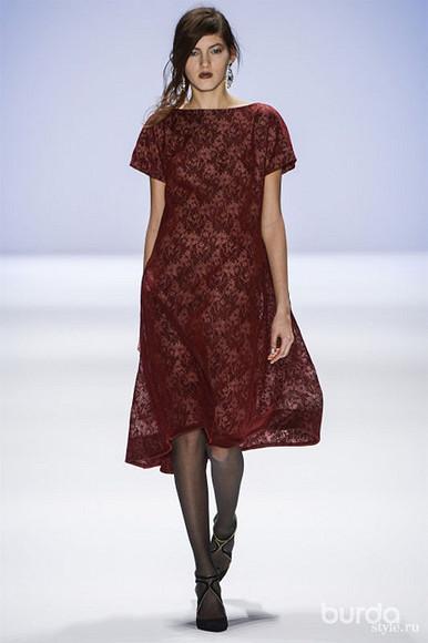 Праздничные платья вновой коллекции TADASHI SHOJI