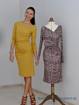 Работа с названием Два платья по одной выкройке