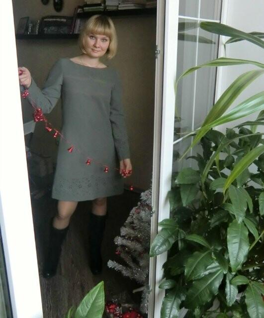 Мой вариант декабрьского платья, или ,ох, уж эти рельефы!