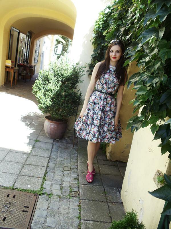 Платье встиле 50-х