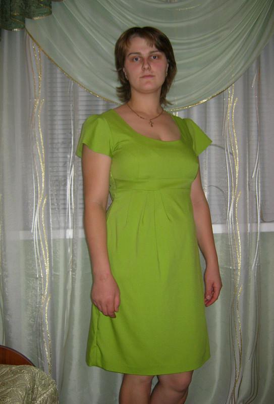 Салатовое платье