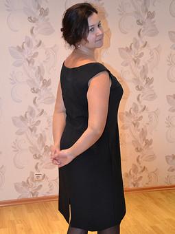 Работа с названием Классика-черное платье
