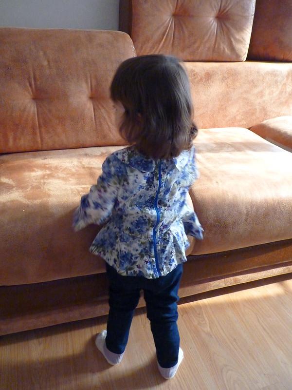 Детская блузка сбаской навырост