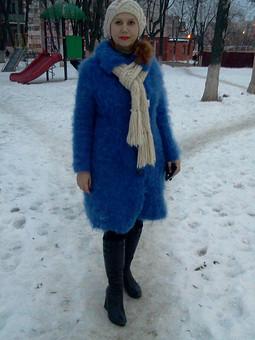 Работа с названием А у меня вот такое пальто..