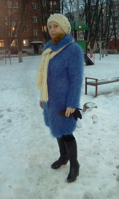 А уменя вот такое пальто..