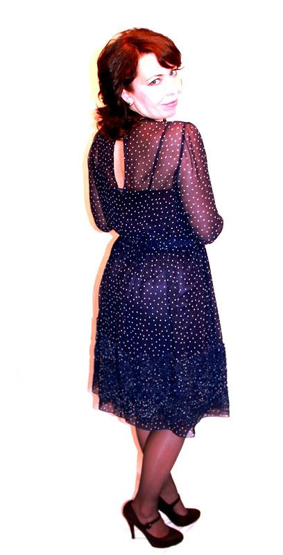 Платье со снежинками)))